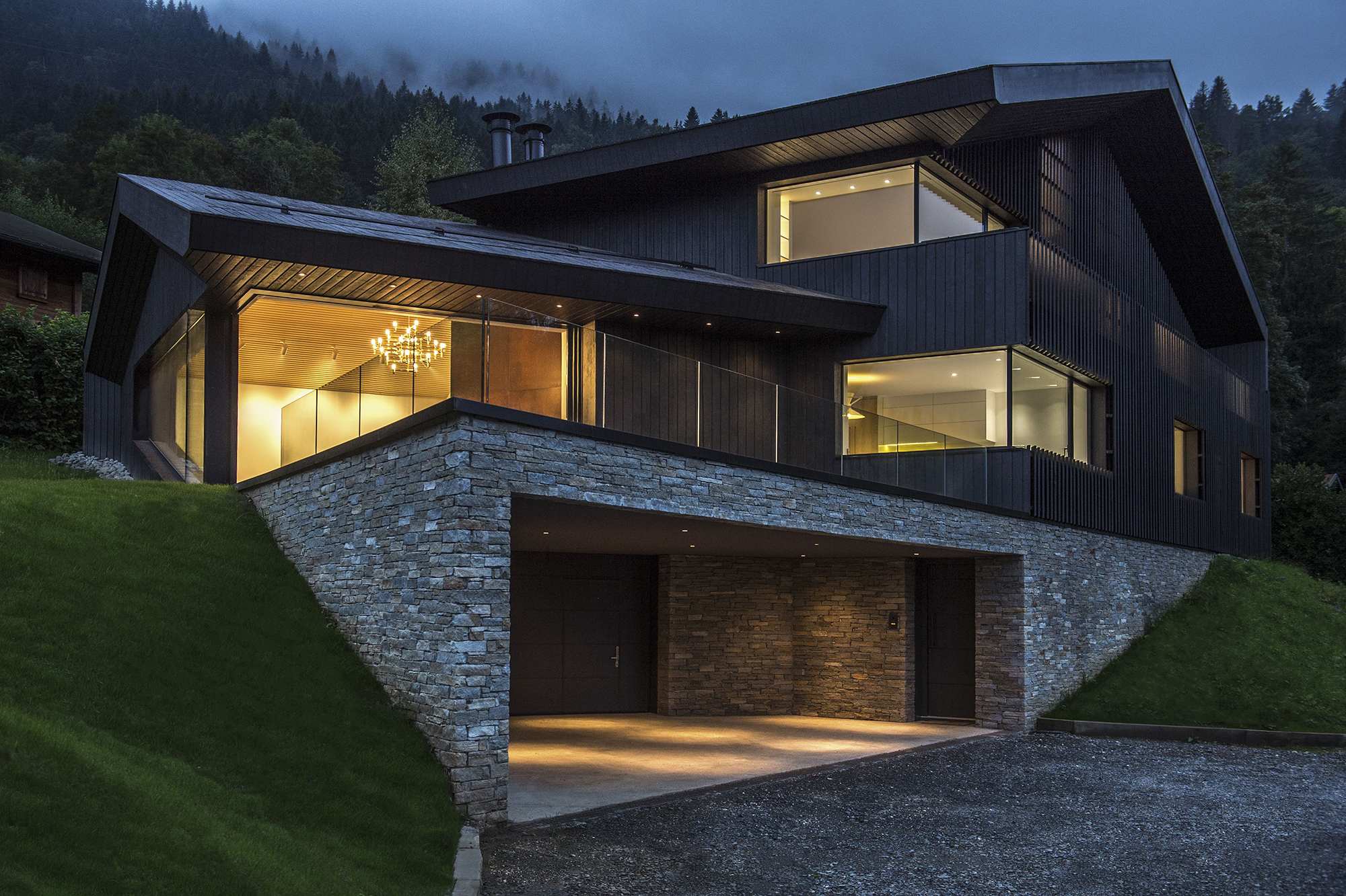 Cabin in chamonix architect magazine pierre marchand for Modern home builder magazine