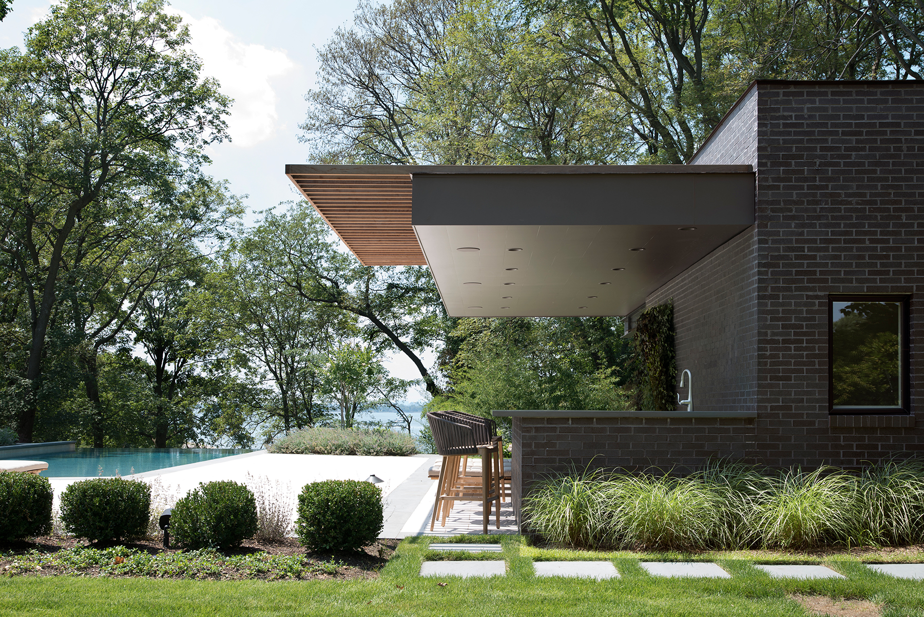 Free float pool cabana architect magazine the up for Modern view decking