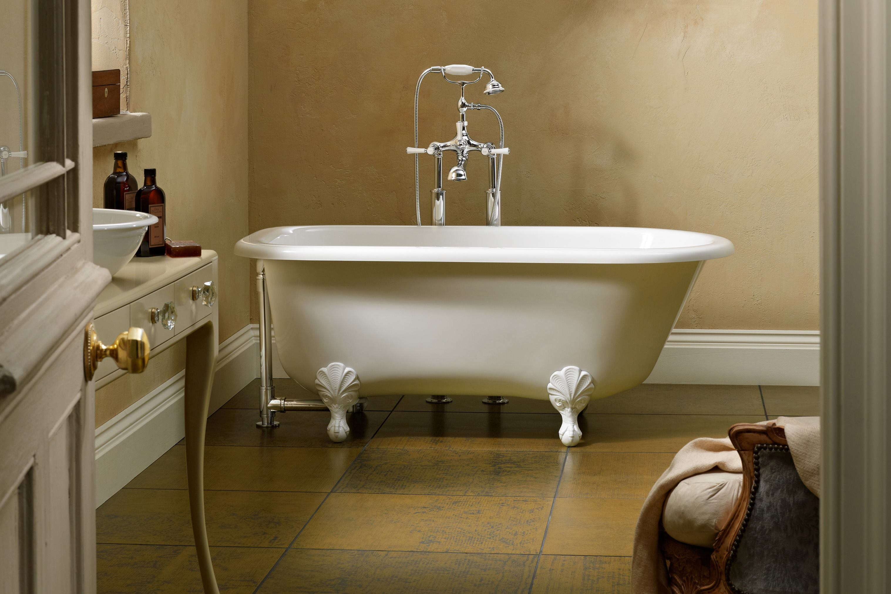 Soak it up in a luxury bathtub custom home magazine for Custom tubs and showers