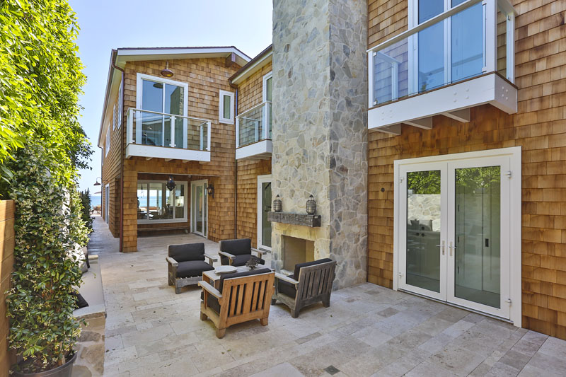 Malibu beach house architect magazine tobias for Malibu house plans