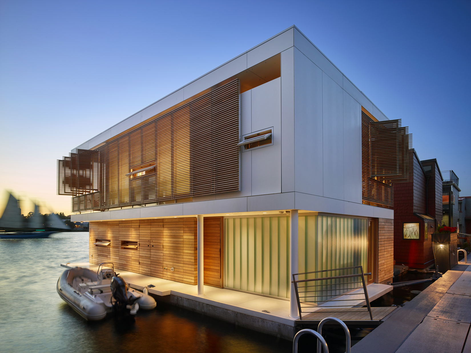 Floating Home Manufacturers Seattle Floating Home Architect Magazine Vaneventer