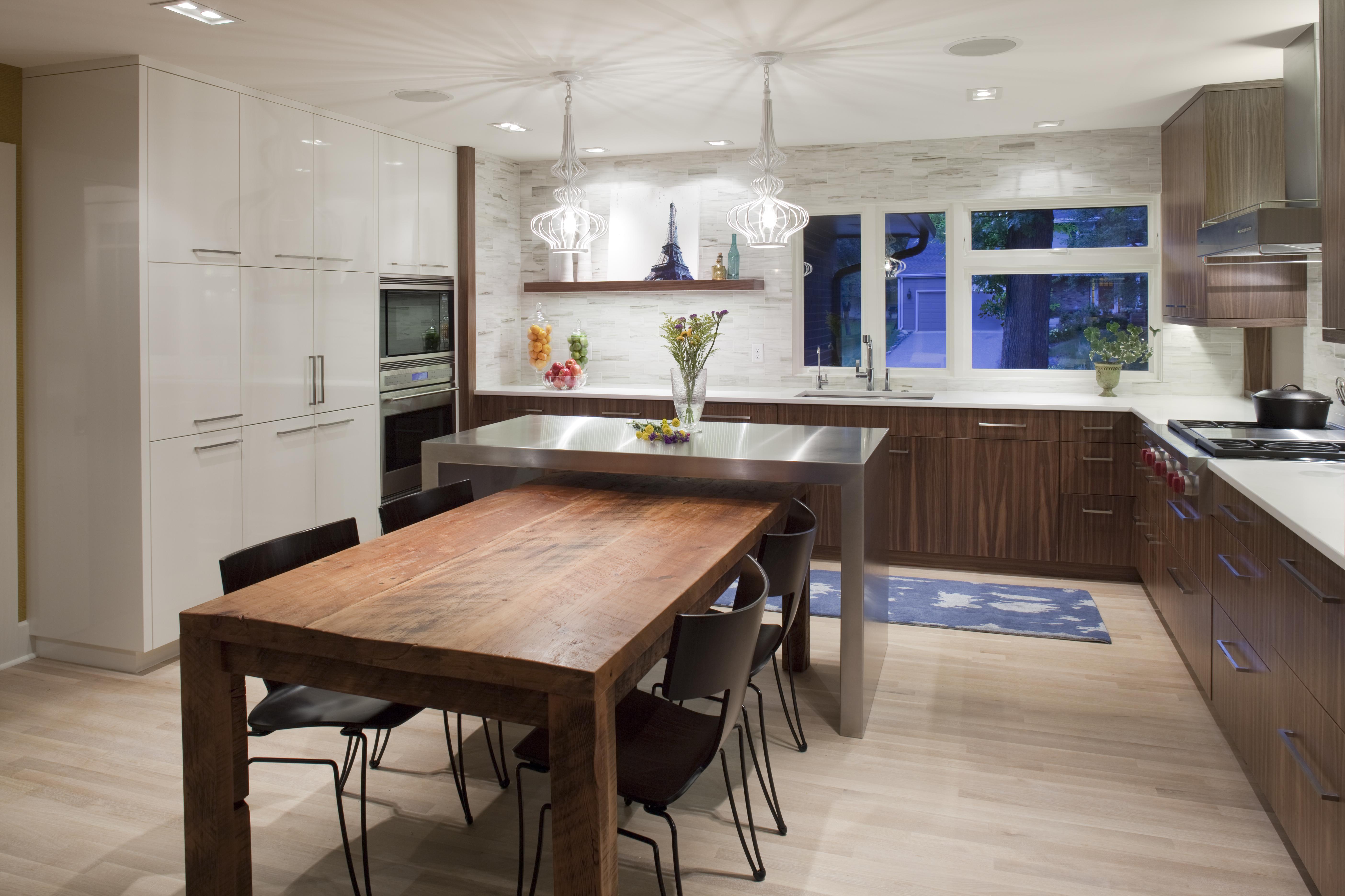 Кухонные металлический стол 25 фотография