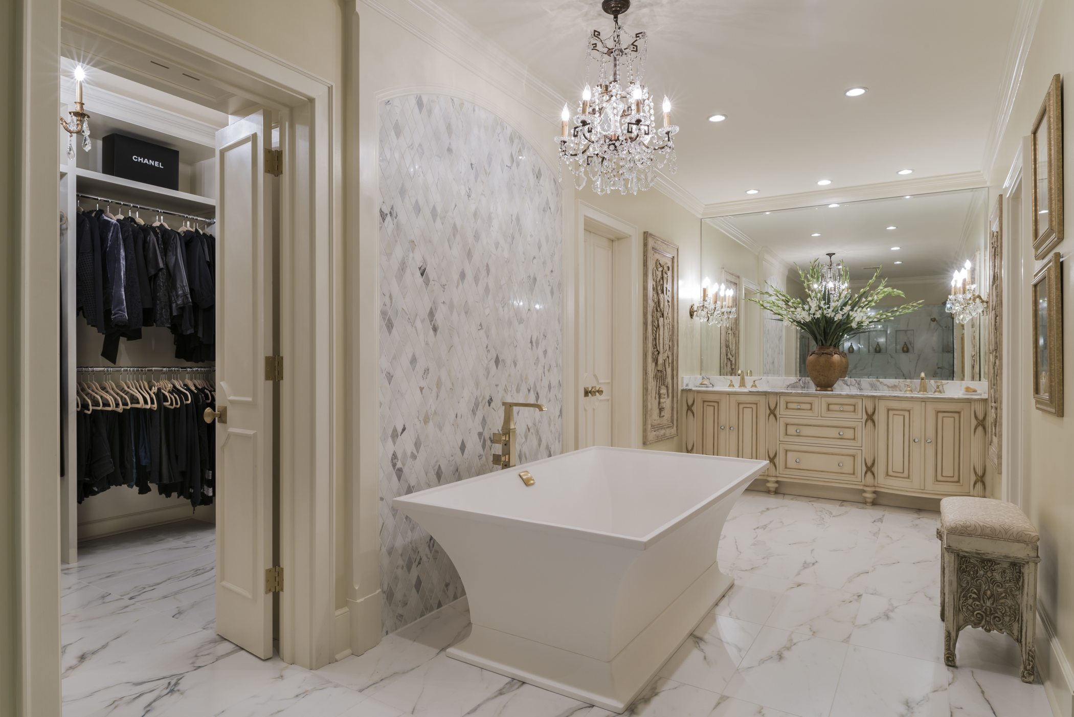 Memphis TN USA Renovating A Master Bath Into Cohesive Suite