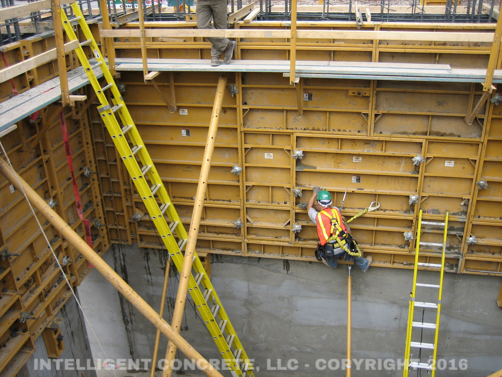 concrete constructions Building concrete masonry homes: design and construction issues prepared for the us department of housing and urban development office of policy development and research.