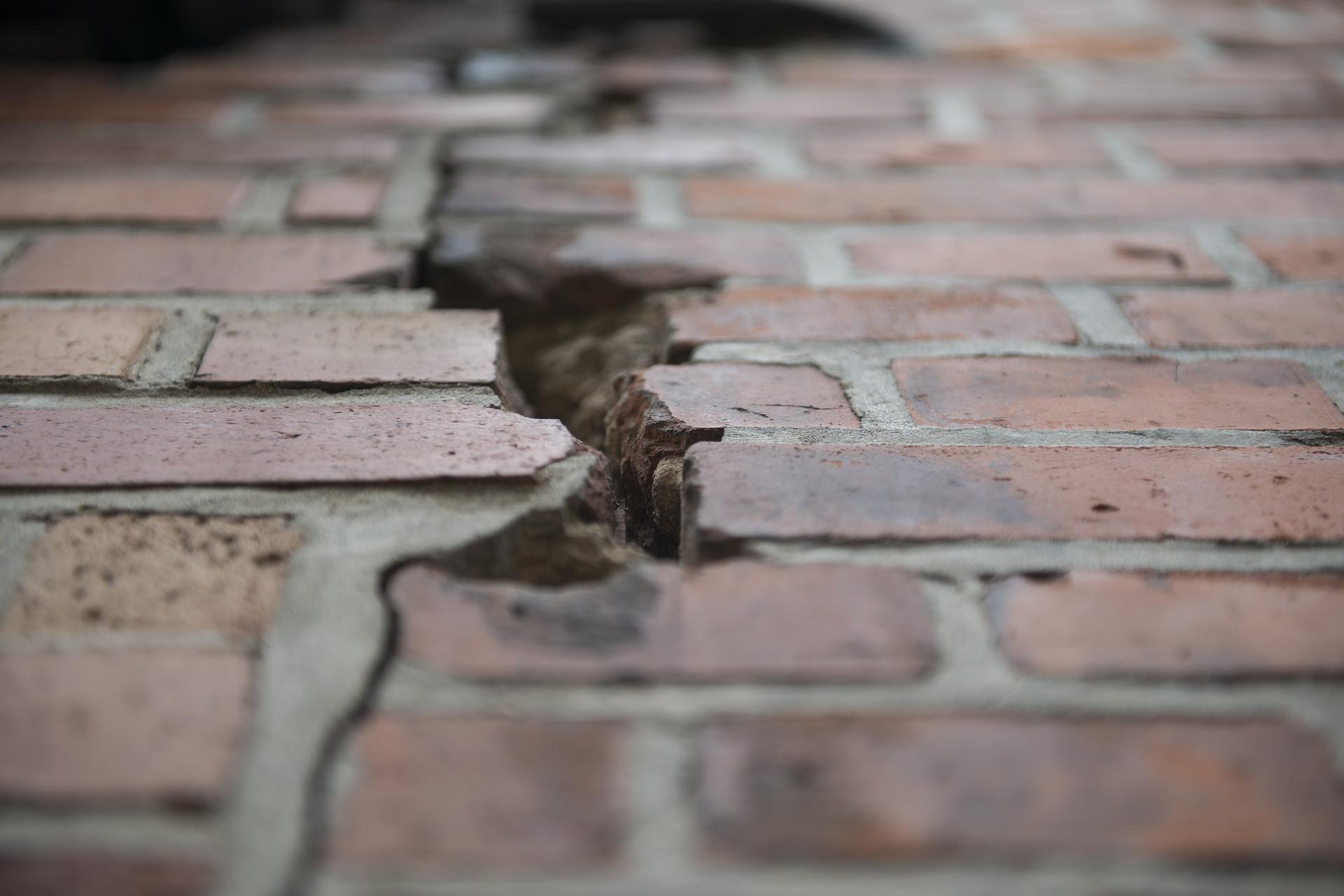 Best Of Diy Basement Crack Repair