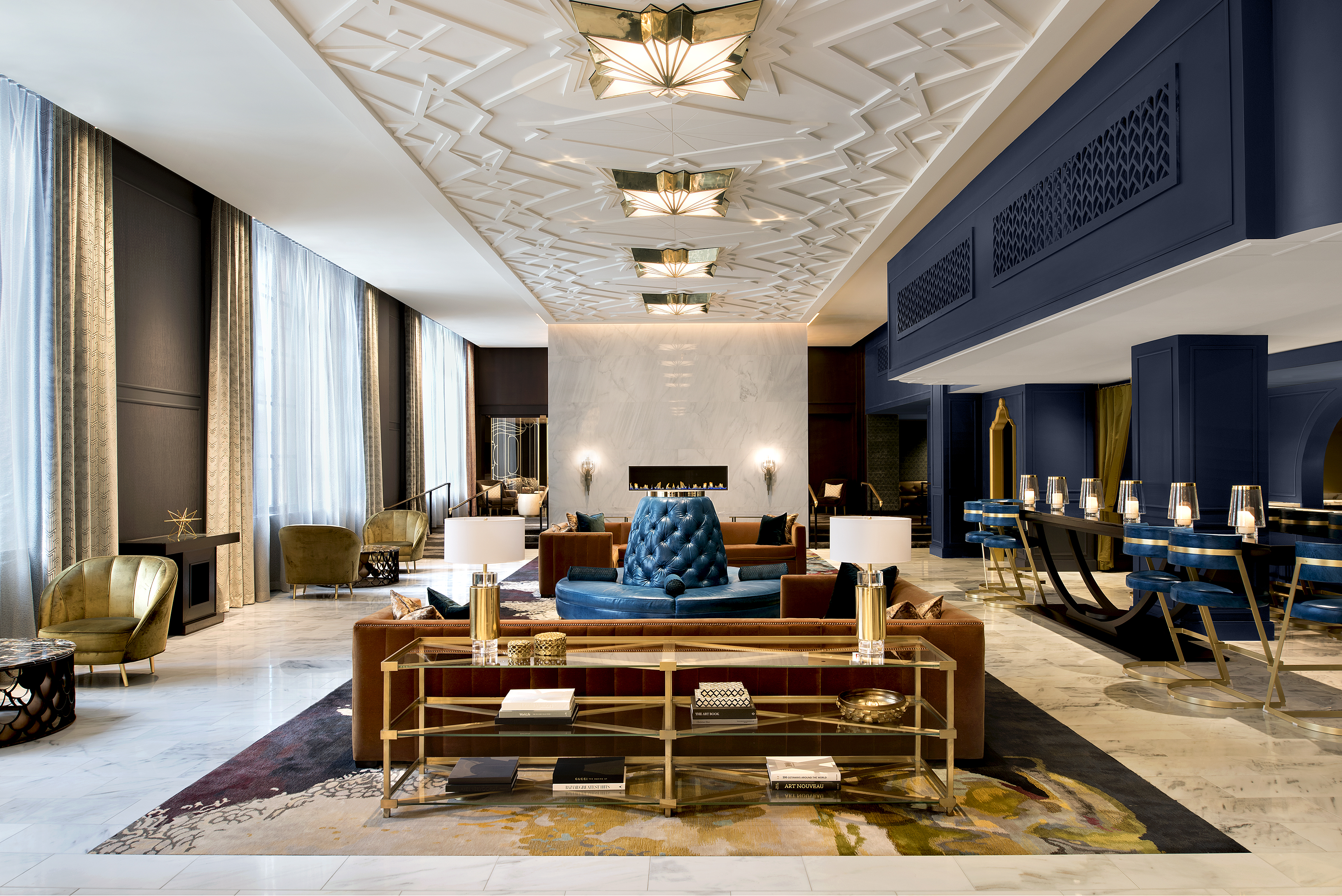 Hotel allegro architect magazine grec architects for Interior designer usa