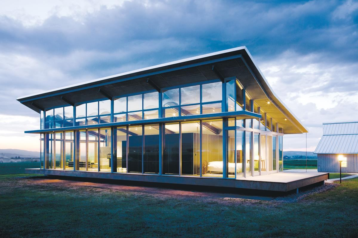 Glass farmhouse eastern oregon architect magazine award winners vacation homes for Architectural design homes pictures