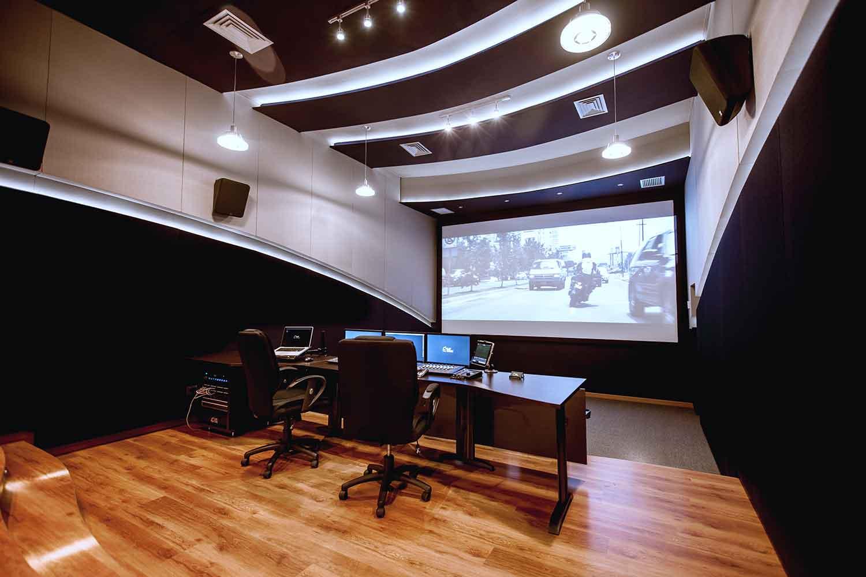 Medellin S Clap Studios Applauds Wsdg 7 1 Dolby 174 Approved
