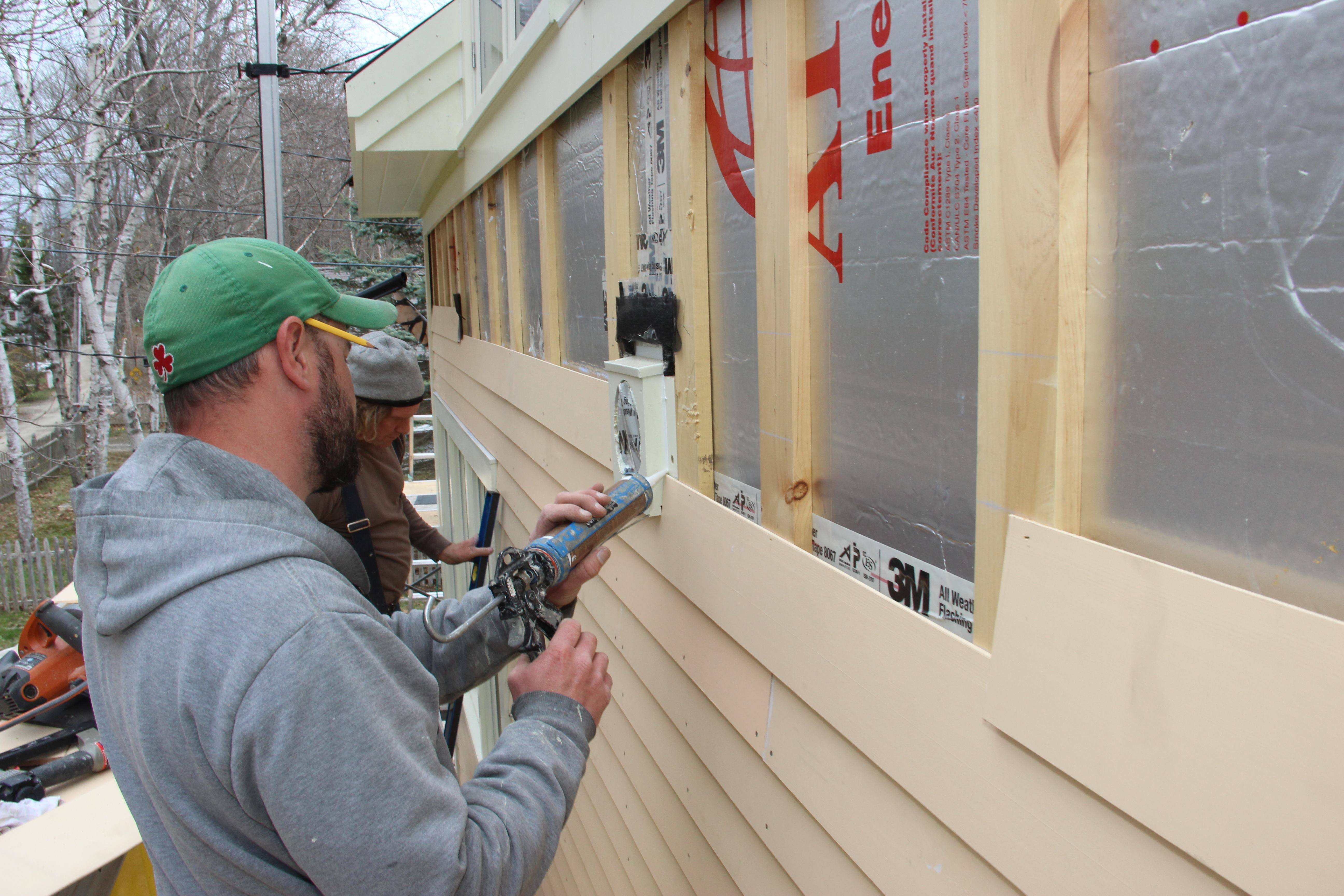 Rainscreen Clapboard Siding For An Energy Efficient Island