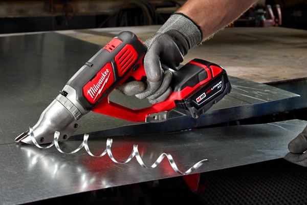 Milwaukee M18 Metal Shears Tools Of The Trade