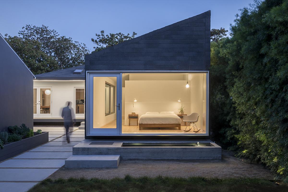 Rear Window House Architect Magazine Edward Ogosta