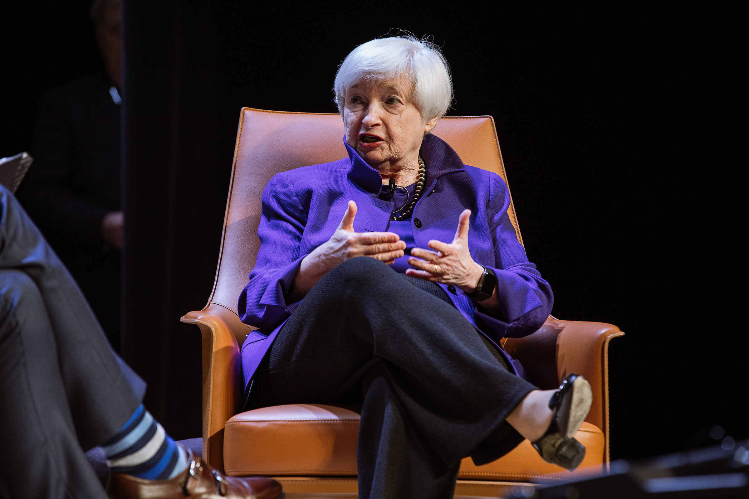 janet yellen believes a recession is coming but no need to panic yet multifamily executive magazine janet yellen believes a recession is coming but no need to panic yet multifamily executive magazine