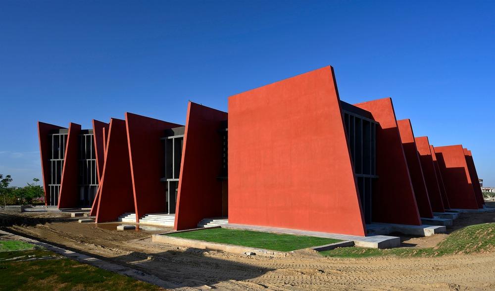 rajasthan school  sanjay puri architects