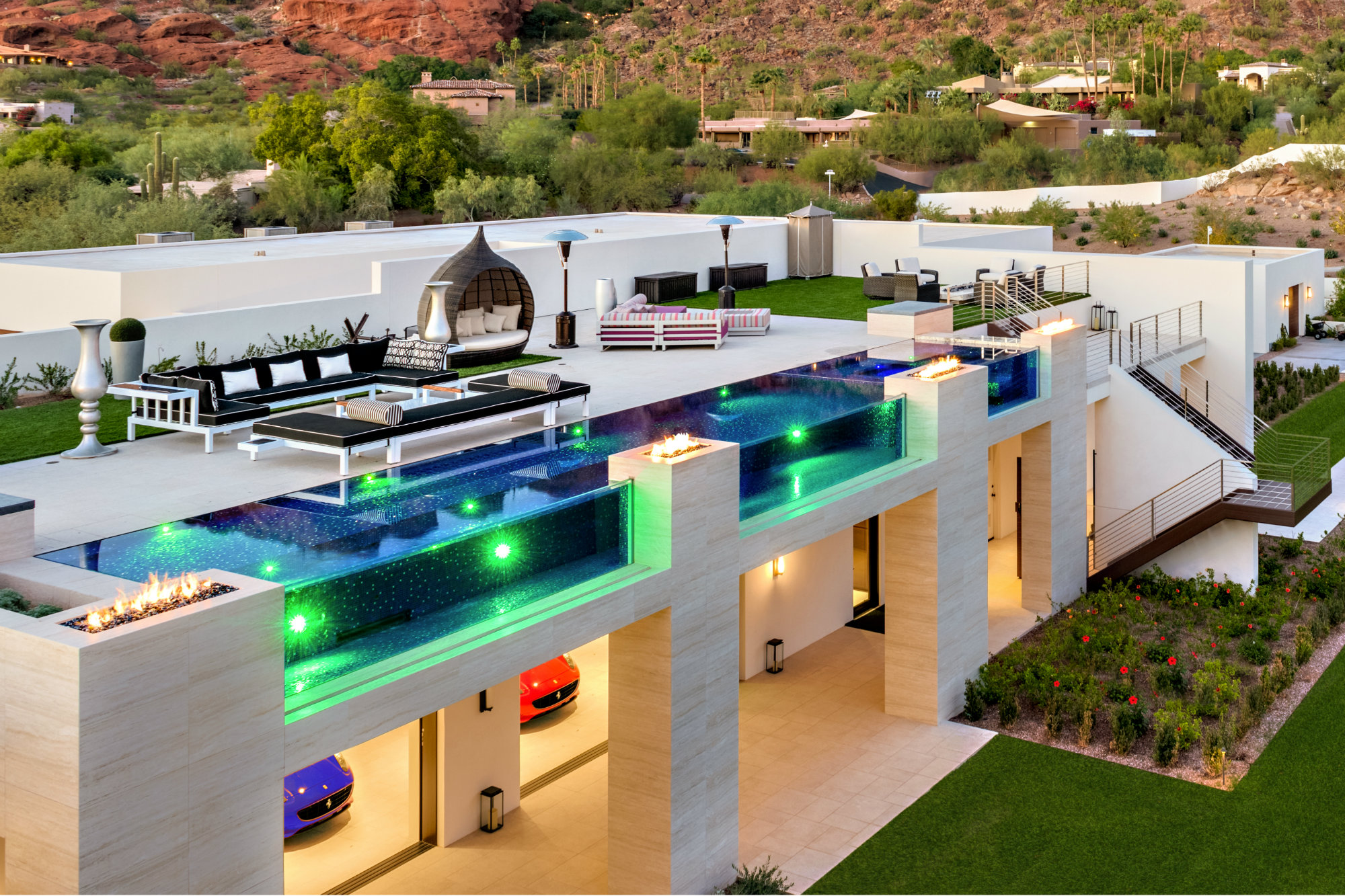 Cooling Influence See This Rooftop All Gl Tile Masterpiece By Phoenix Area Red Rock Pools And Spas Pool Spa News Construction