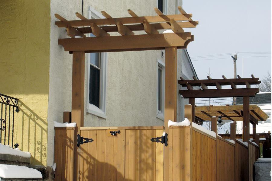 Side Yard Pergola And Gate Professional Deck Builder