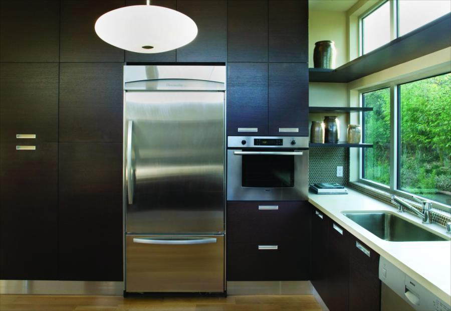 Simplicity Reigns In Builder S 2008 Watermark Kitchen And