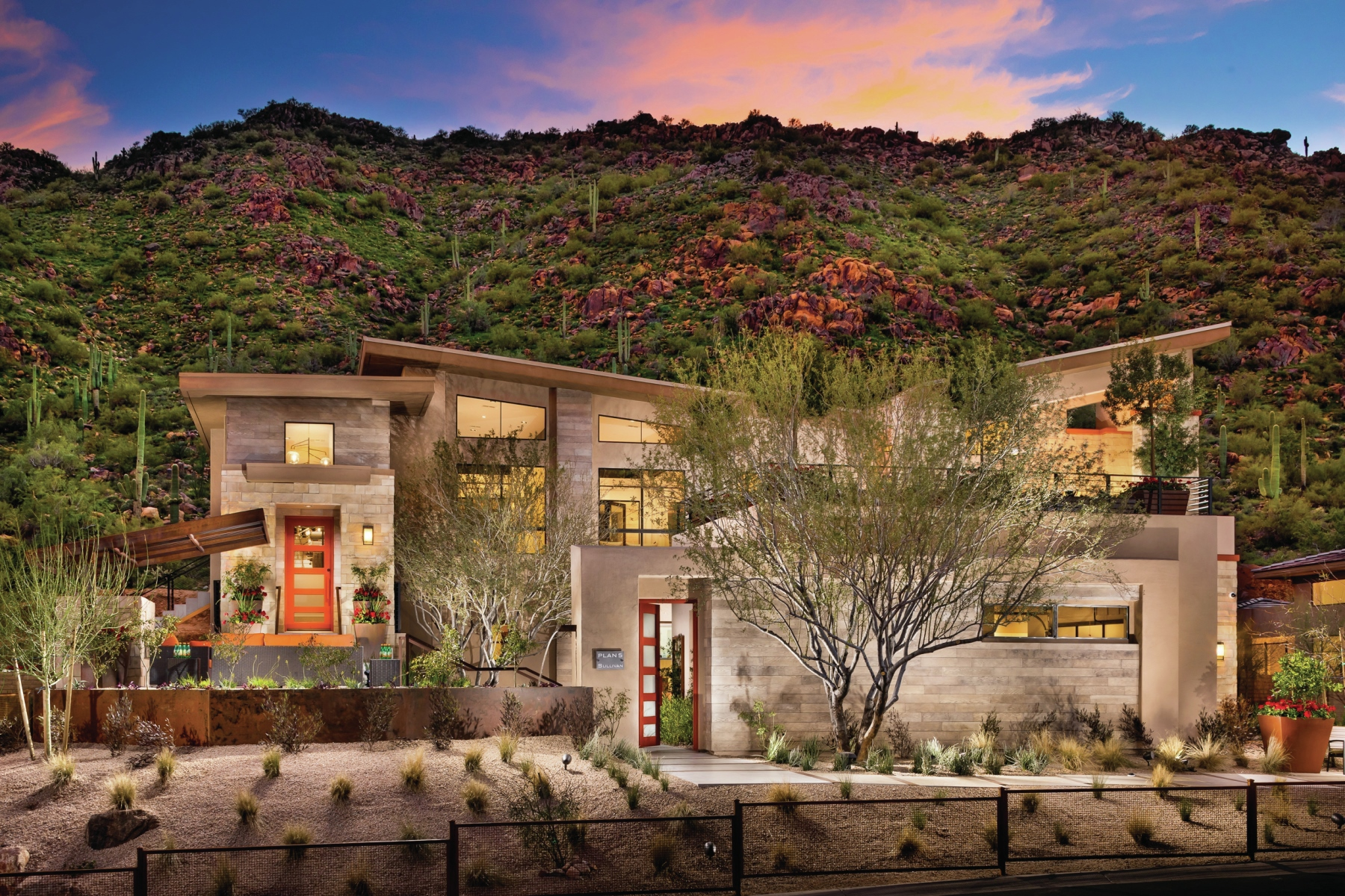 Butterfly Roofed Retreat Stuns In The Sonoran Desert