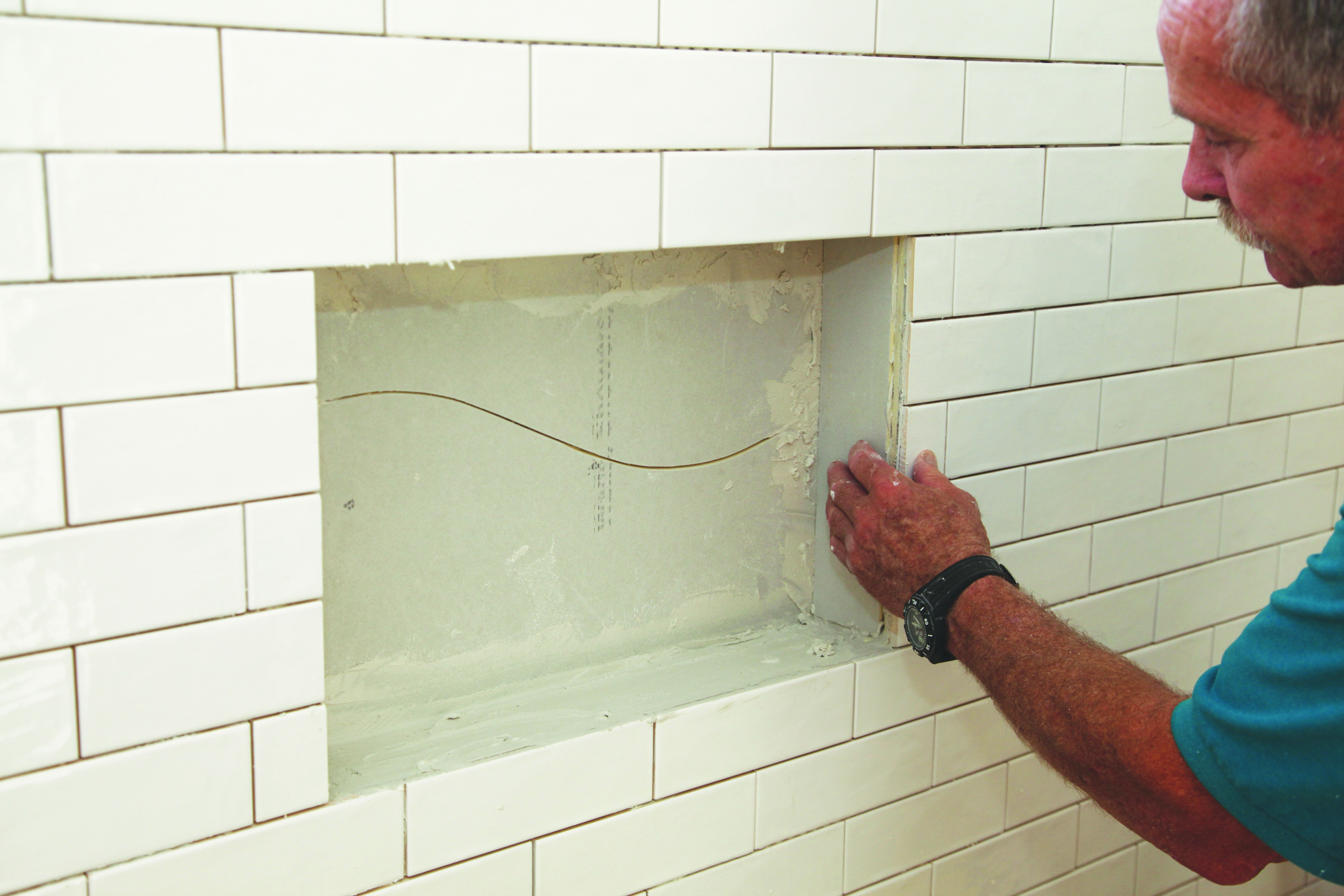Tile for a Waterproof Shower Niche | JLC Online