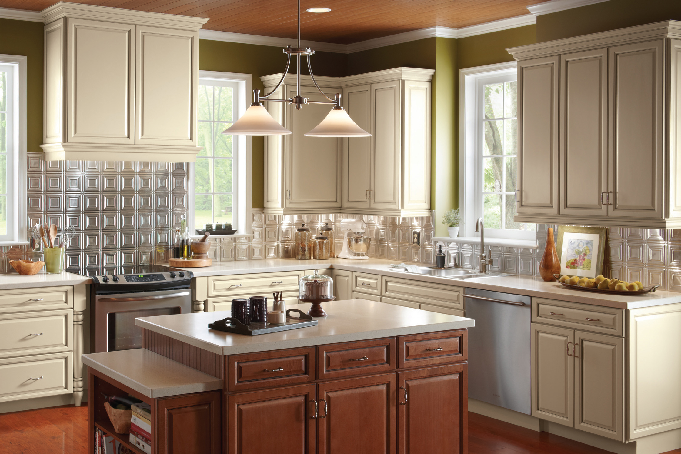 Echelon Wood Kitchen Cabinets