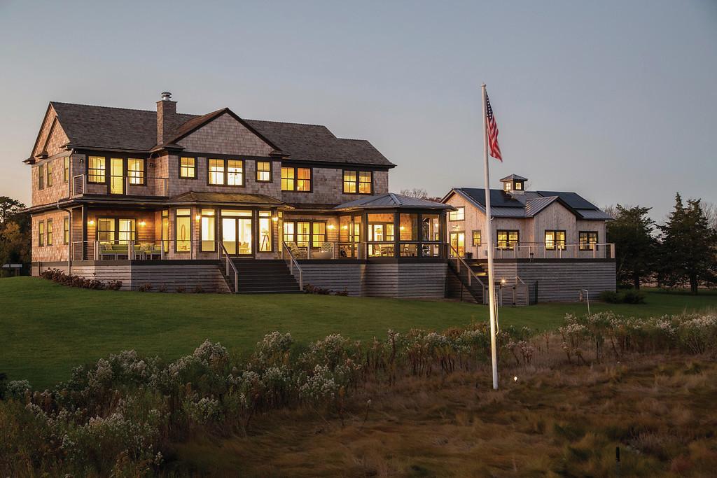Icymi Rebuilt Hamptons Home Is Hurricane Ready Builder