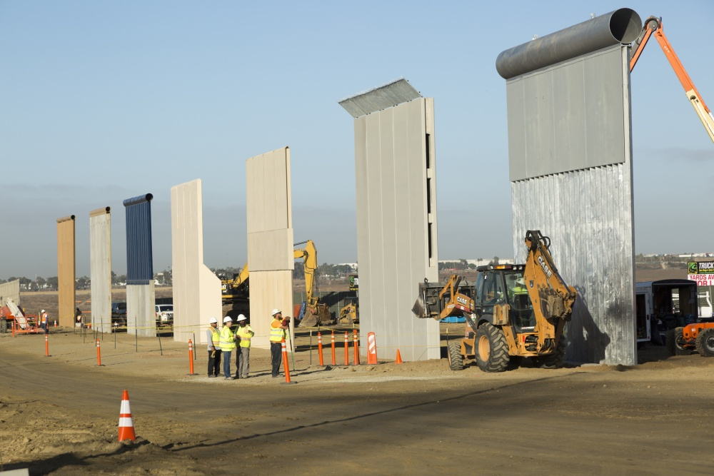 Wall Construction In Us : Us mexico borderwall prototype construction complete