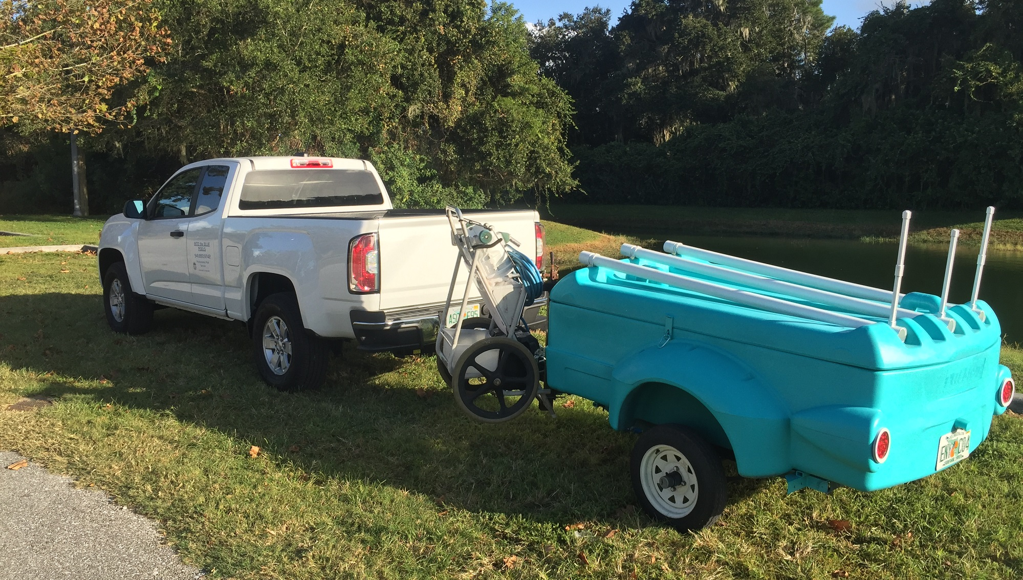 Why More Pool Service Pros Are Towing Utility Trailers