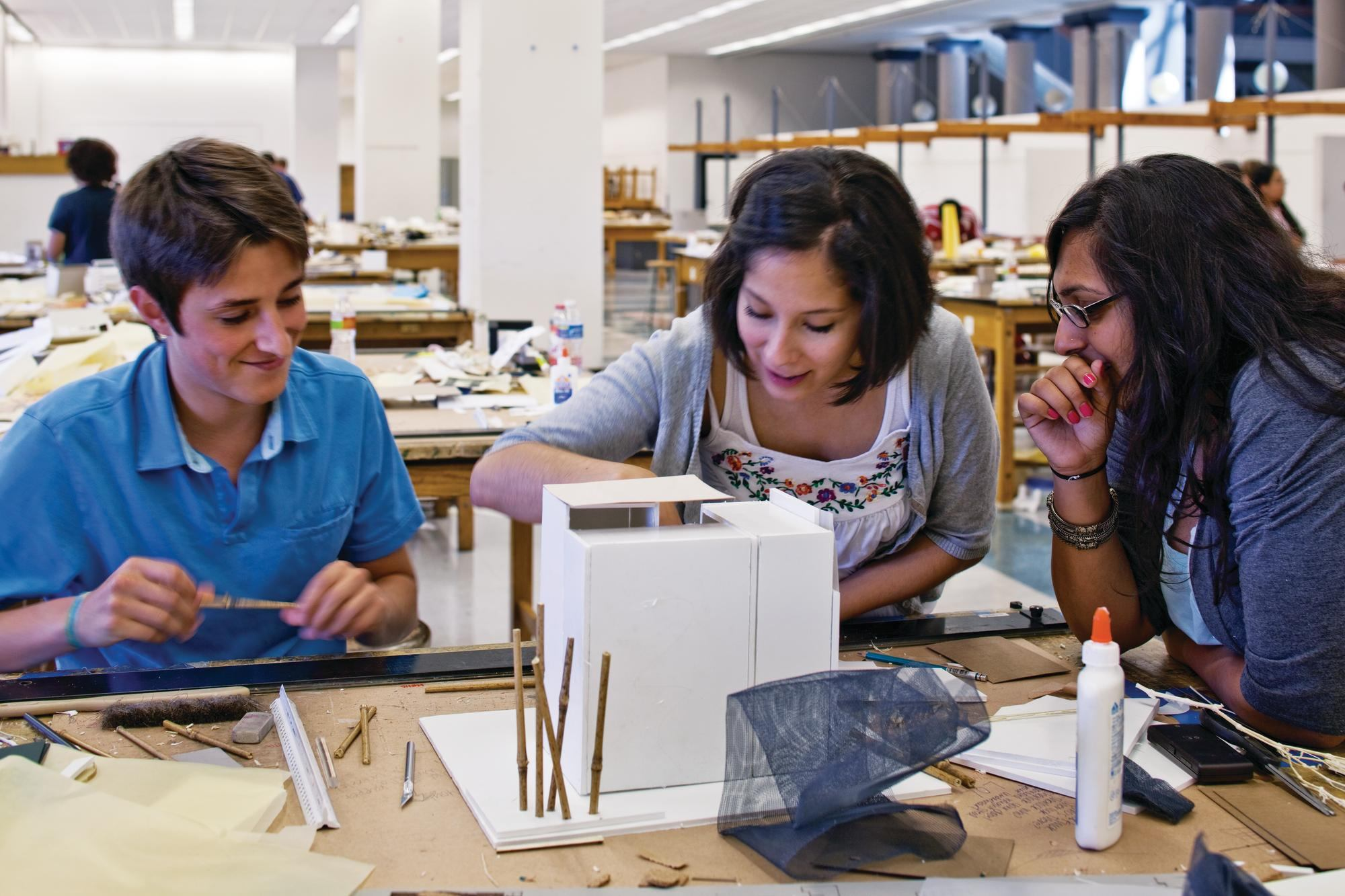 Superieur Design Camp: Summer Discovery, University Of Houston/Wonderworks