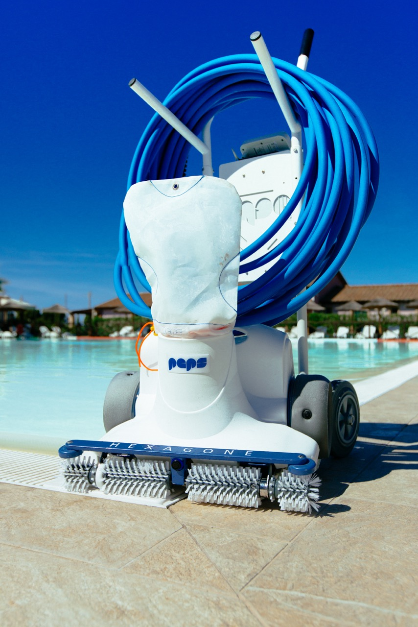 Keep Pools Clean With Commercial Energy Specialists