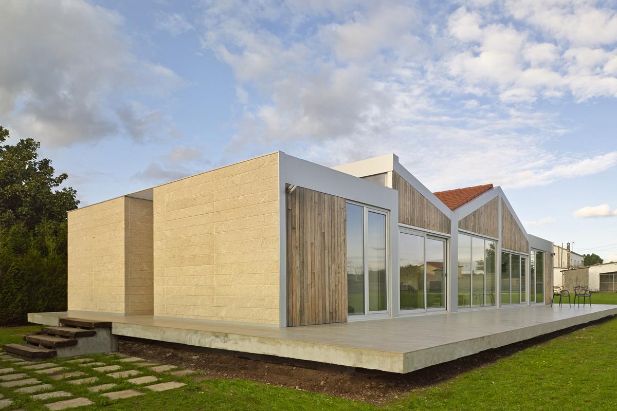 Casa entrelineas architect magazine ola estudio - Estudios santiago de compostela ...