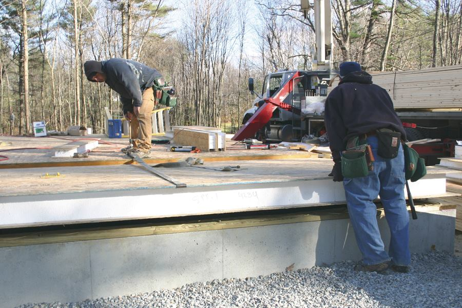 Fast Floors With Structural Insulated Panels Jlc Online