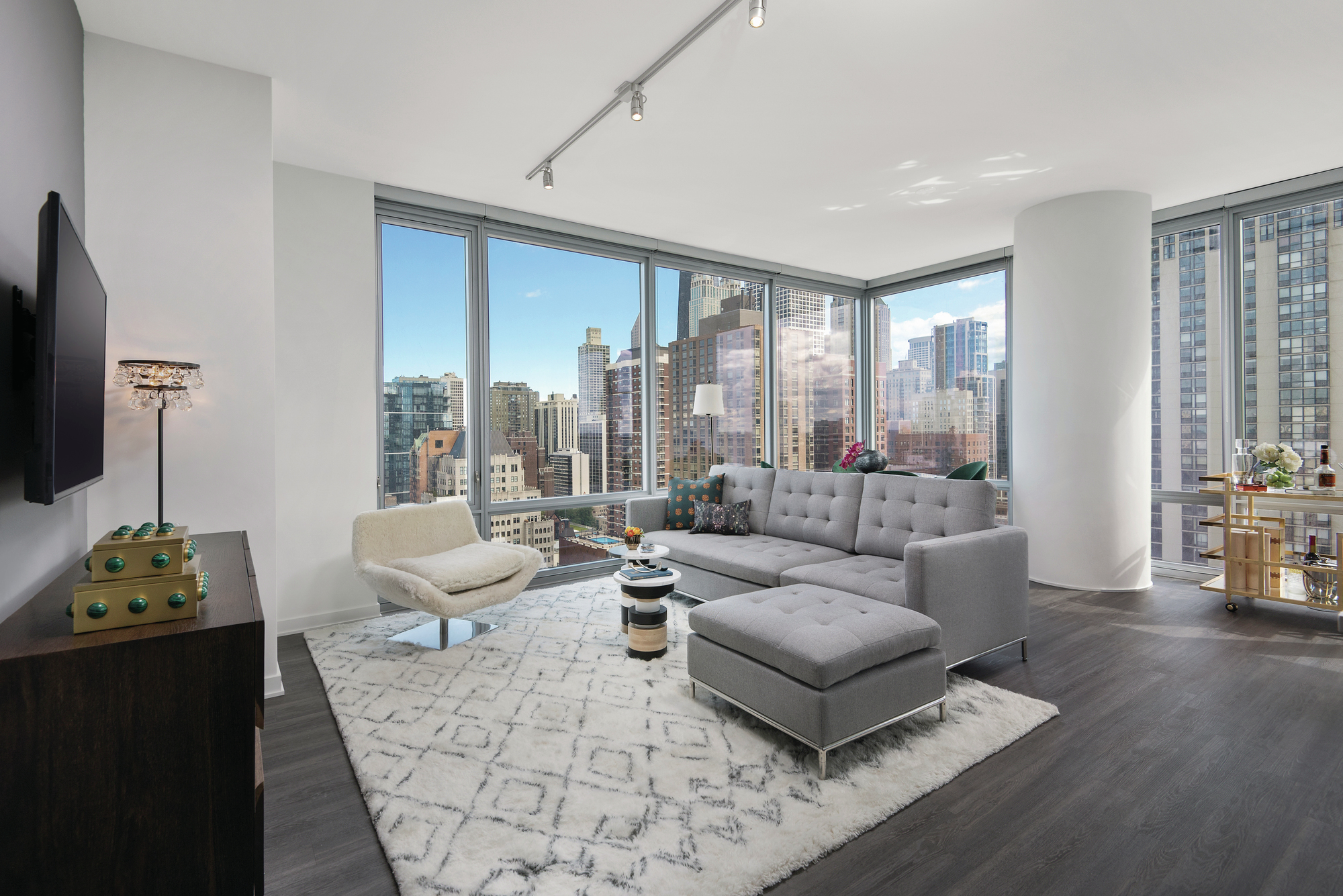 Luxury Sinclair Apartments Open In Chicago S Gold Coast