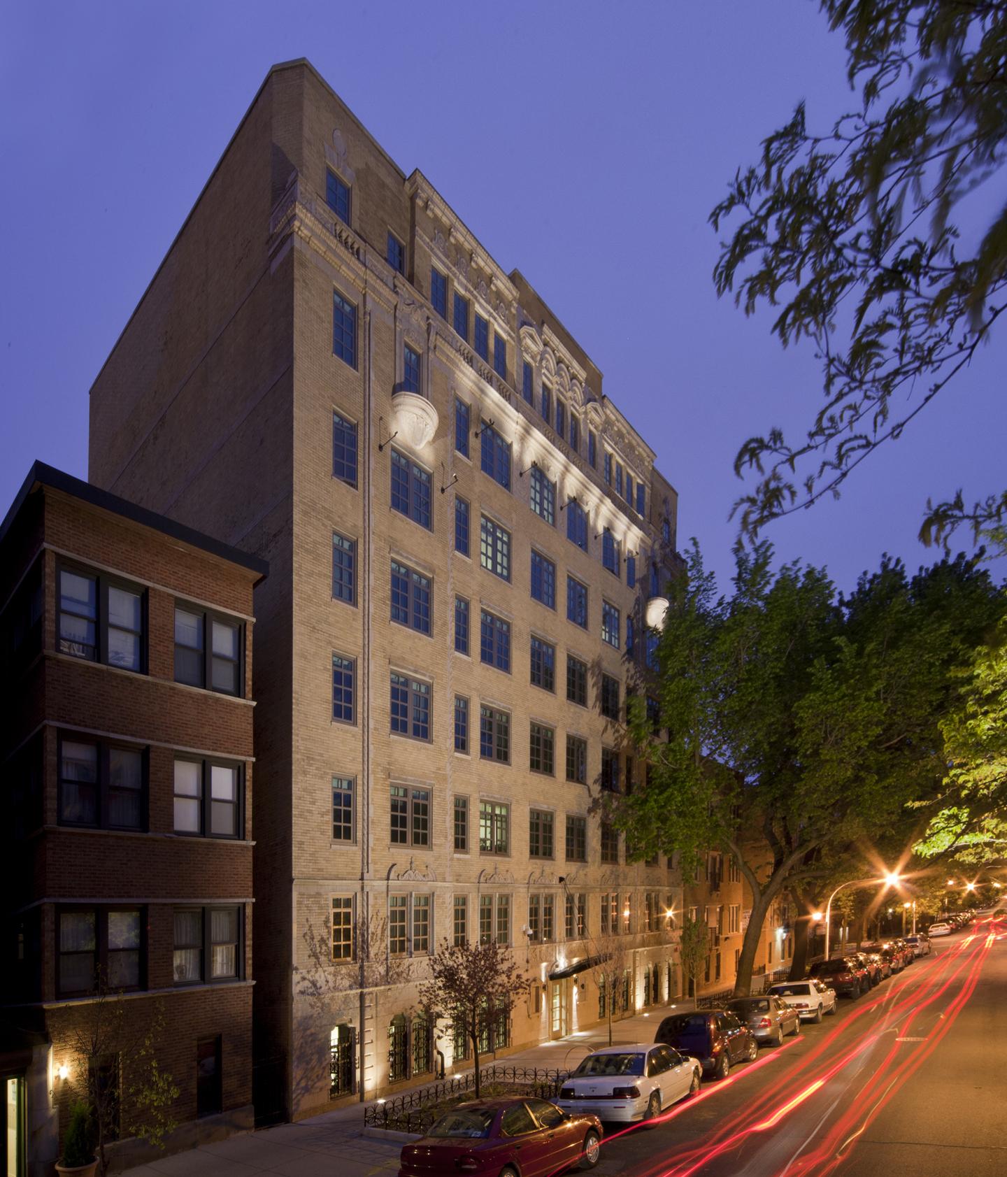 Apts Magazine: Kenmore Apartments Senior