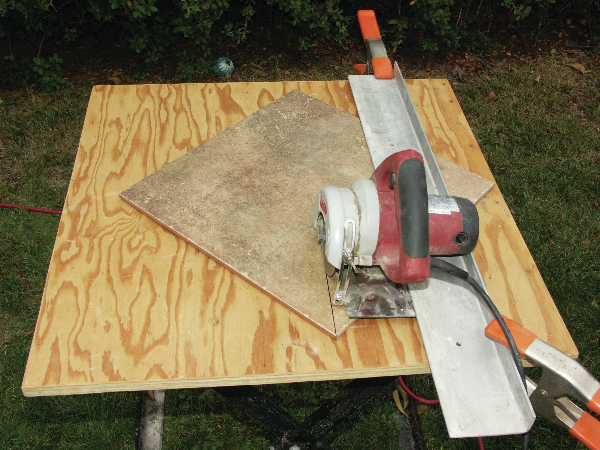 Cutting tile with other tools jlc online dailygadgetfo Choice Image