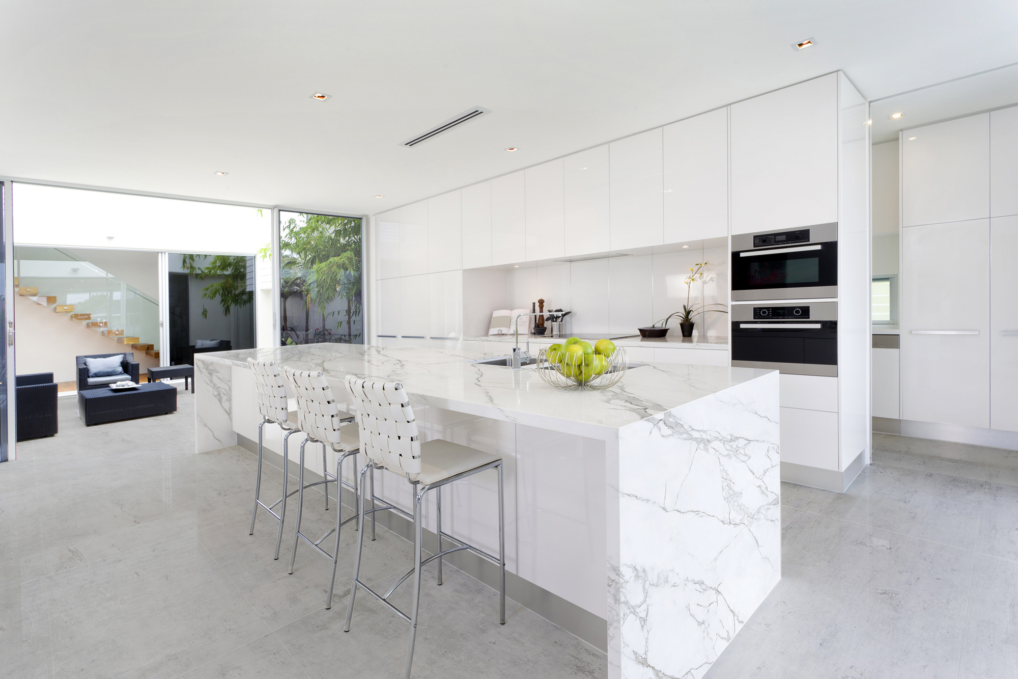 Neolith S Calacatta Classtone Brings The Look Of Marble Jlc Online Countertops Finishes And Surfaces Flooring Walls Kitchen Bath Interiors