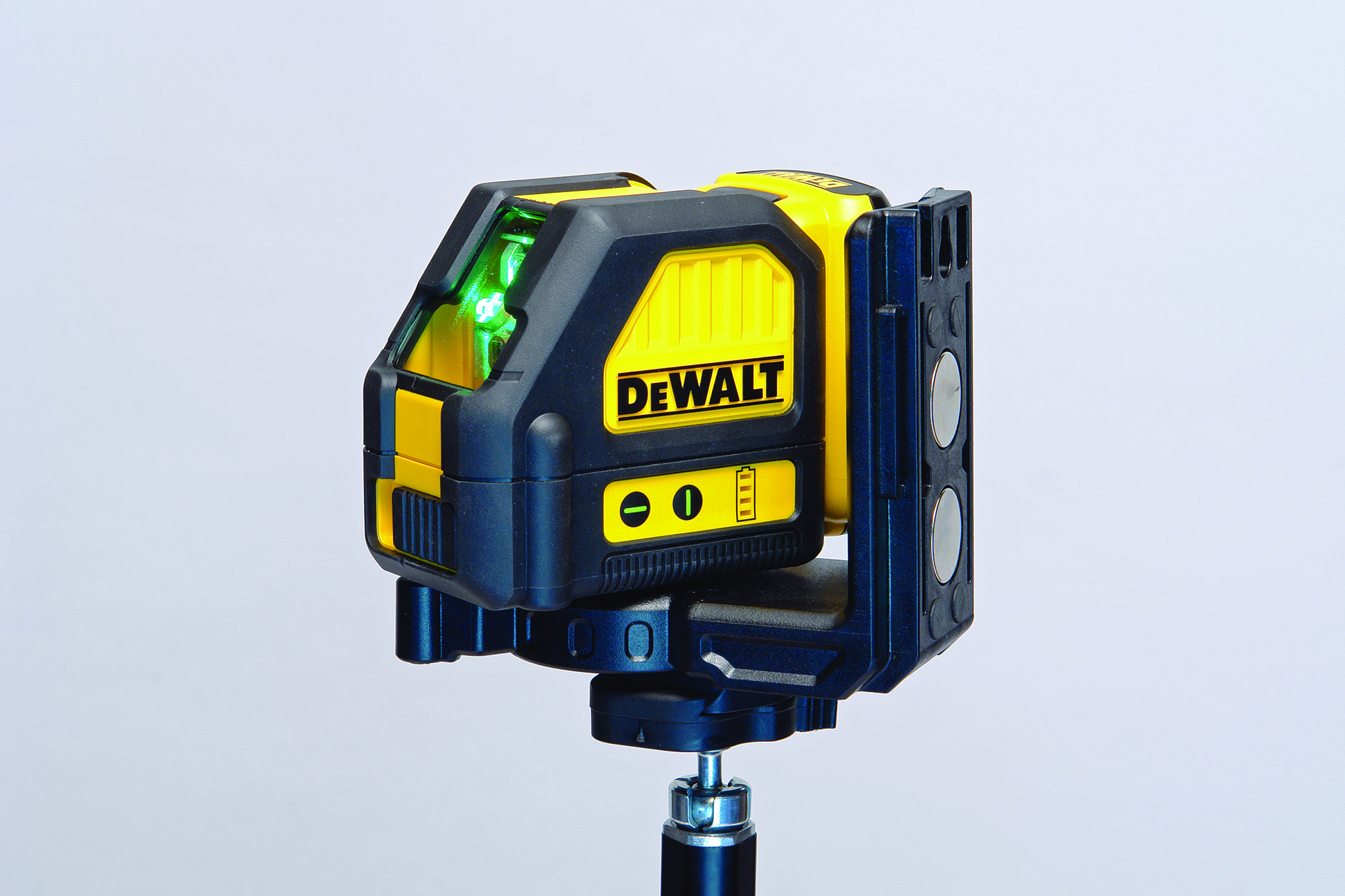 Dewalt Cross Line Green Laser Professional Deck Builder