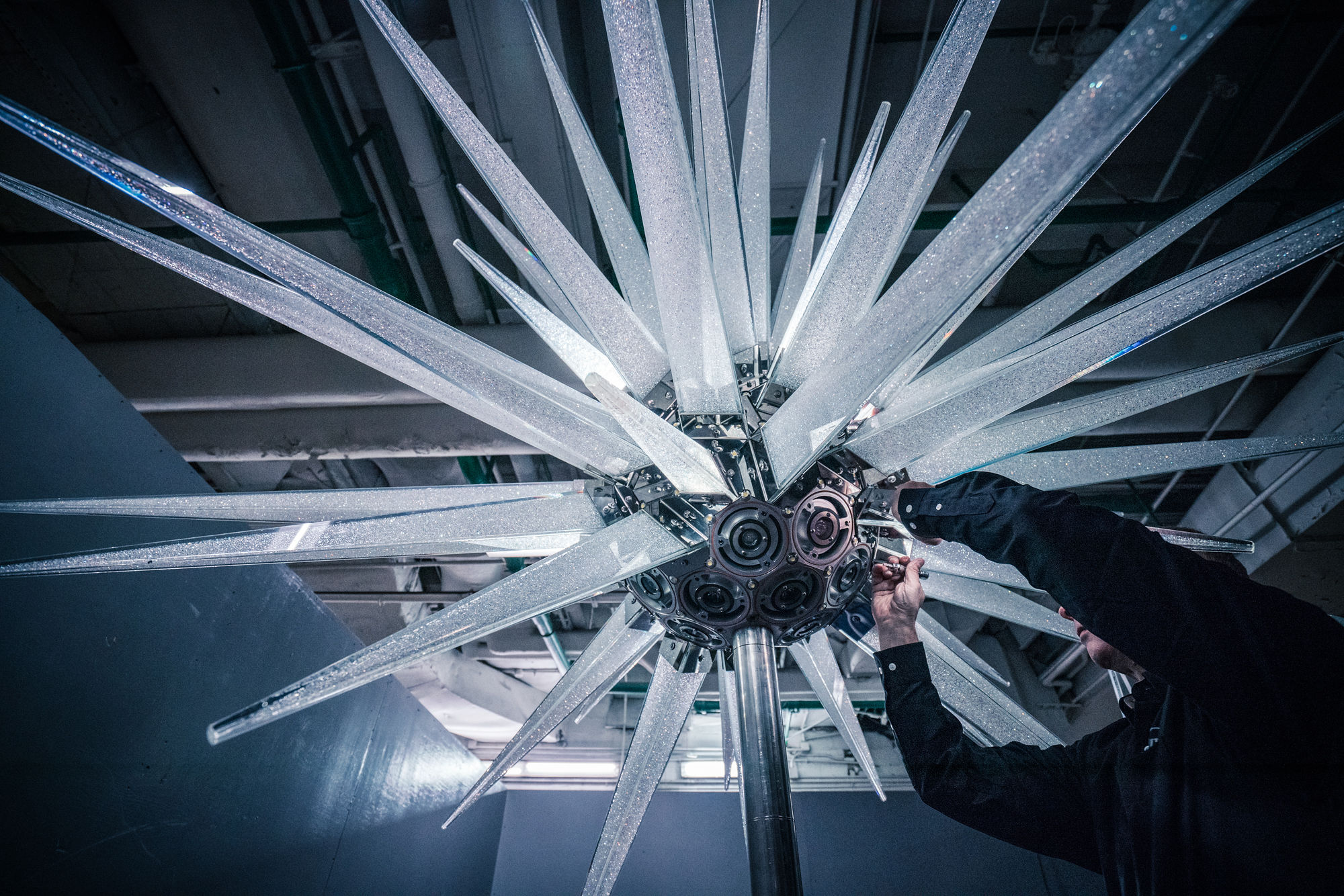 Daniel Libeskind Designs New Star For The Rockefeller Center