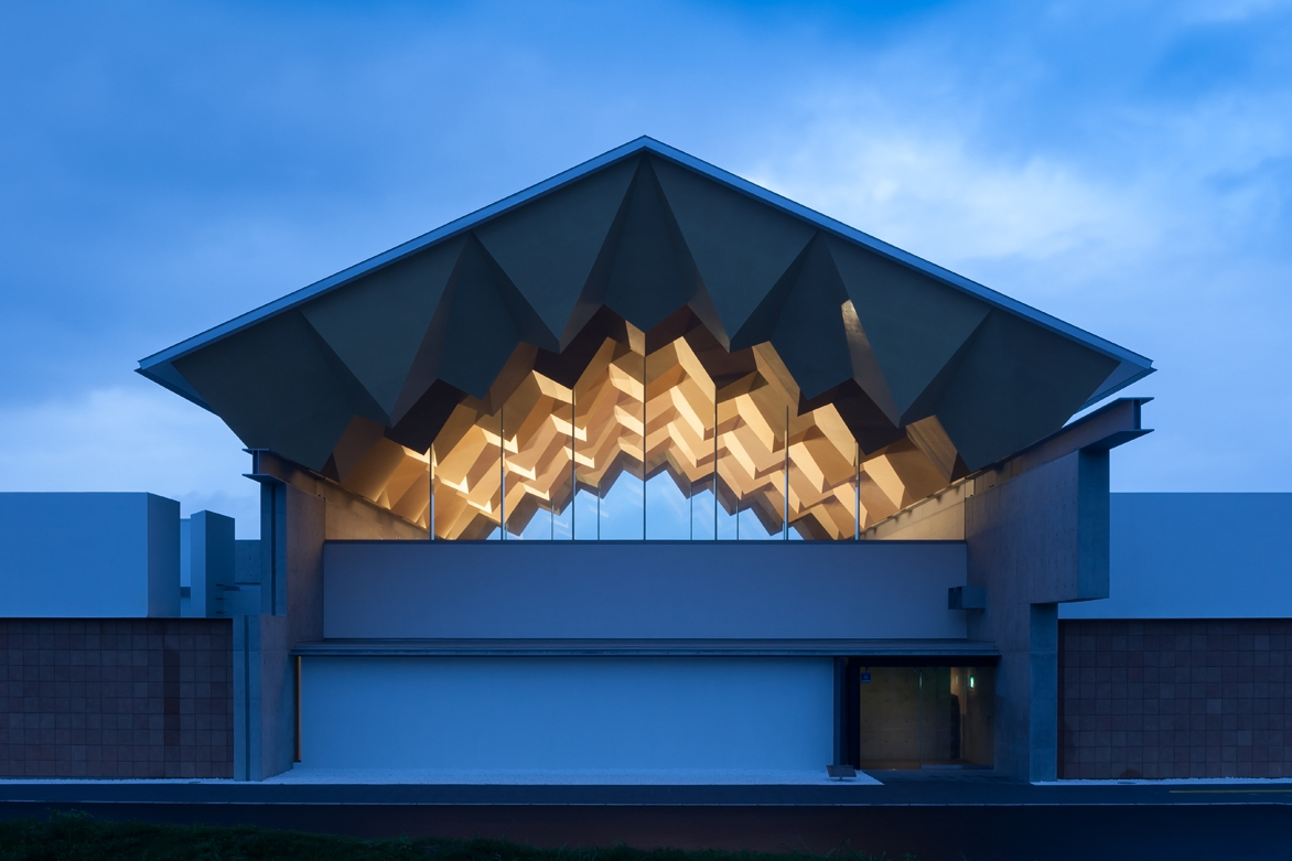 Miyahata Jōmon Museum S Faceted Ceiling Architect Magazine Cultural Projects