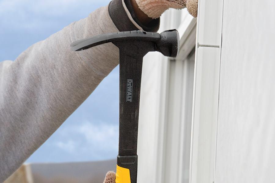 DeWalt DWHT51138 Framing Hammer | Professional Deck Builder | Tools ...