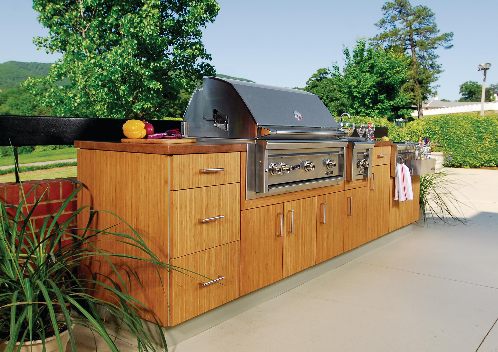 Atlantis outdoor kitchens bamboo doors remodeling for Outdoor kitchen equipment