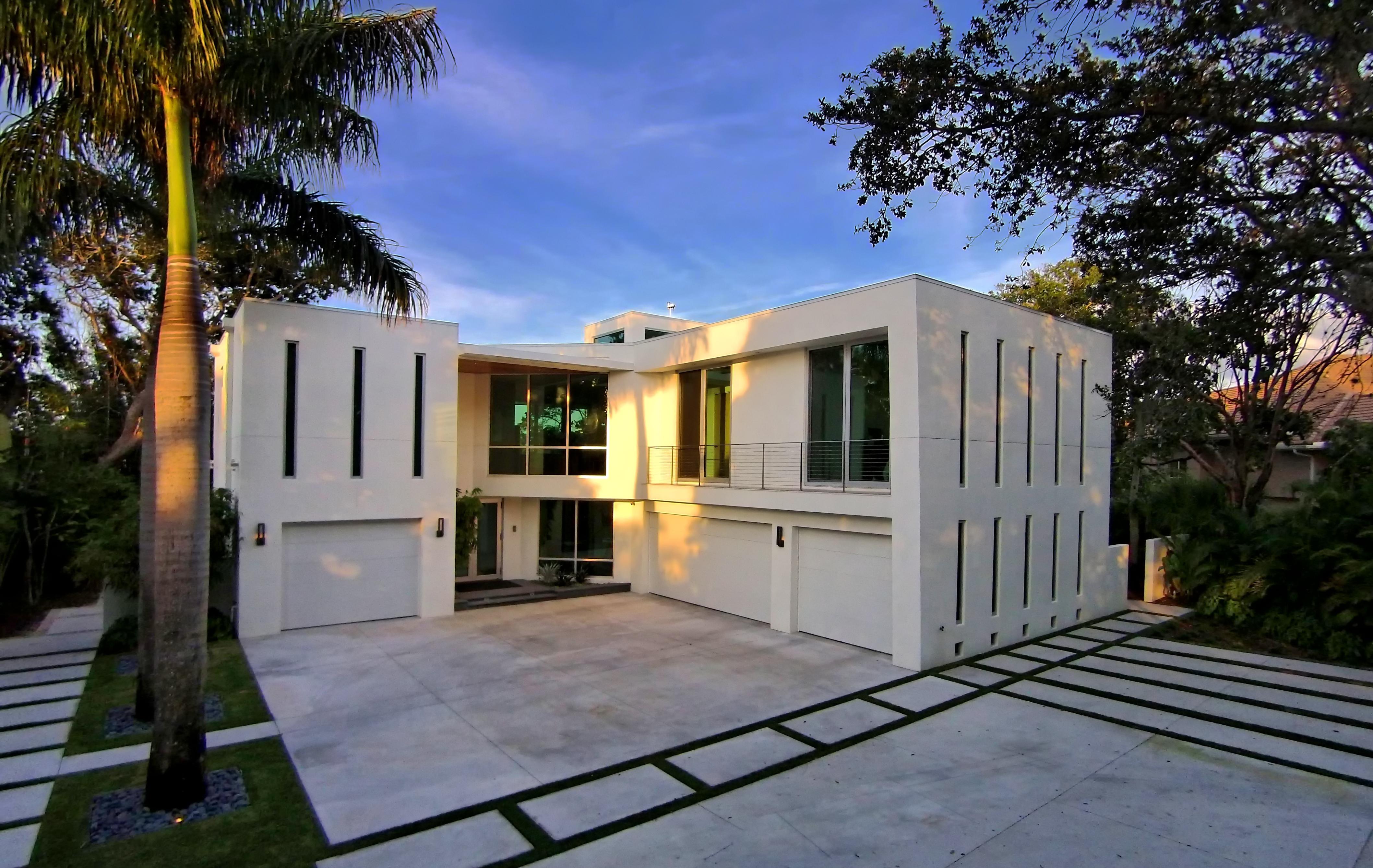 Residence 10 residential architect dsdg architects for Florida residential architects