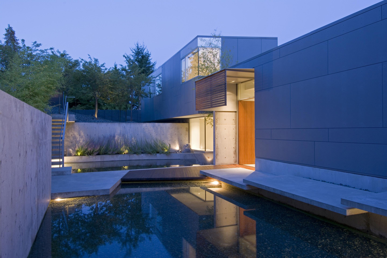 Esquimalt house architect magazine mcleod bovell for Modern day houses