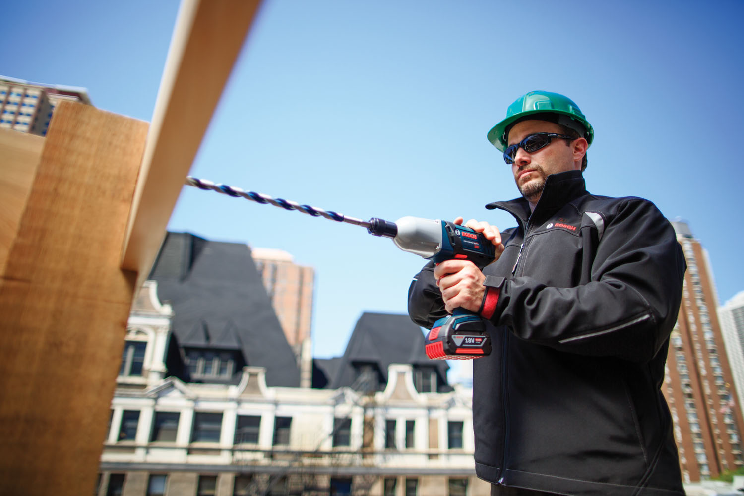 Heated Jackets For A Comfortable Work Day Builder Magazine Tools Jacket Wiring And Equipment Jobsite