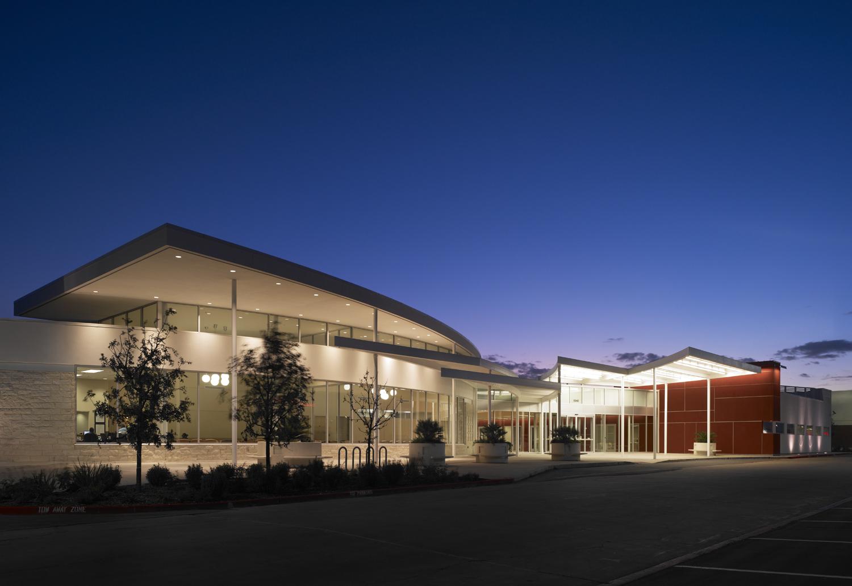 Centromed Walzem Clinic Architect Magazine Marmon Mok