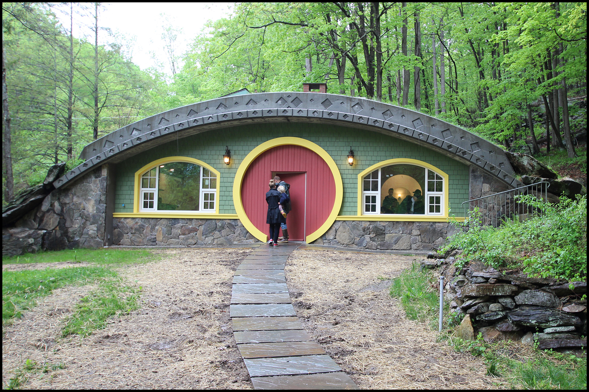 Forming A Hobbit House Roof Concrete Construction Magazine