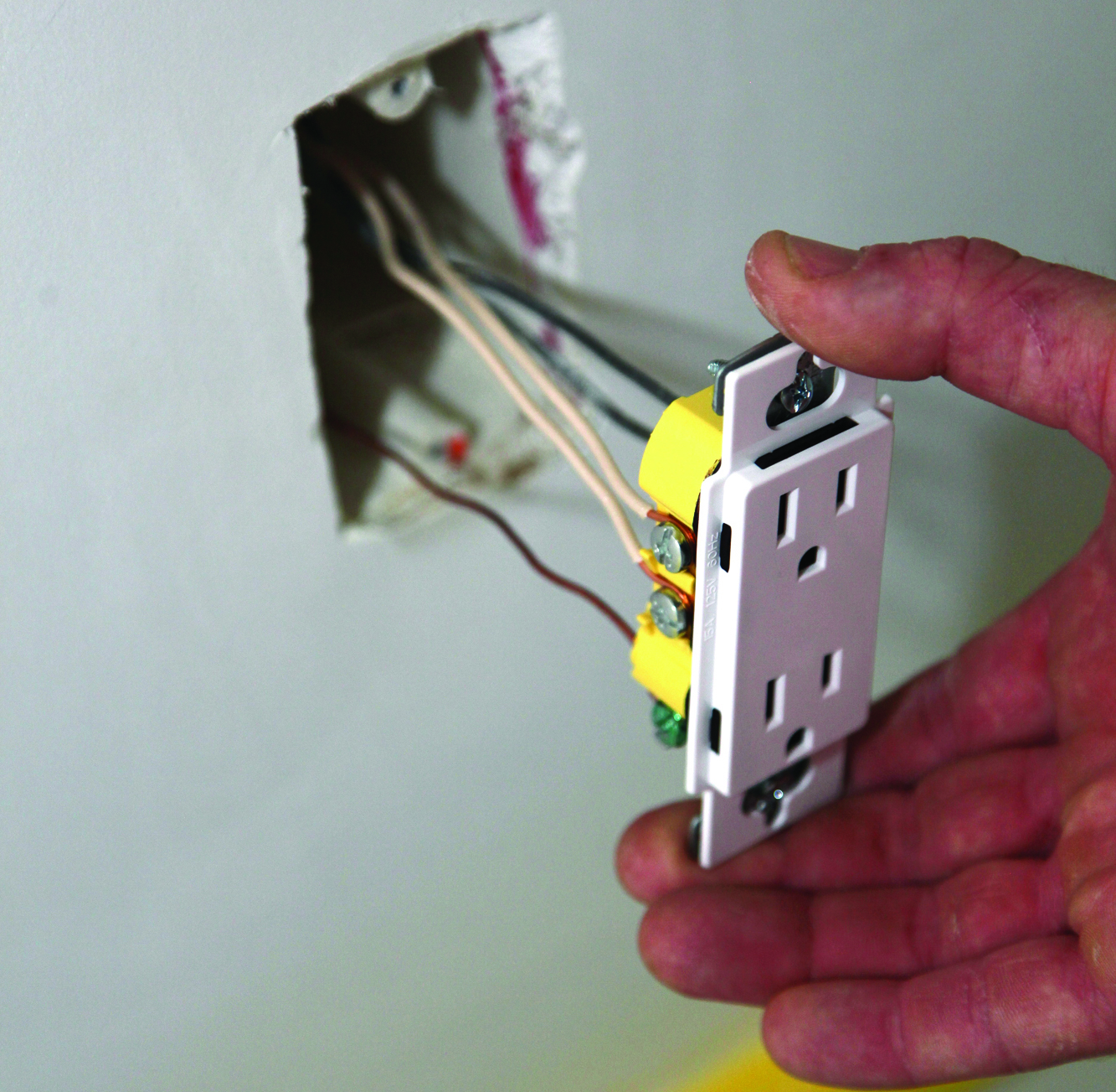 Wiring Receptacles And Switches Jlc Online Electrical Basic On Outlet Codes Cable