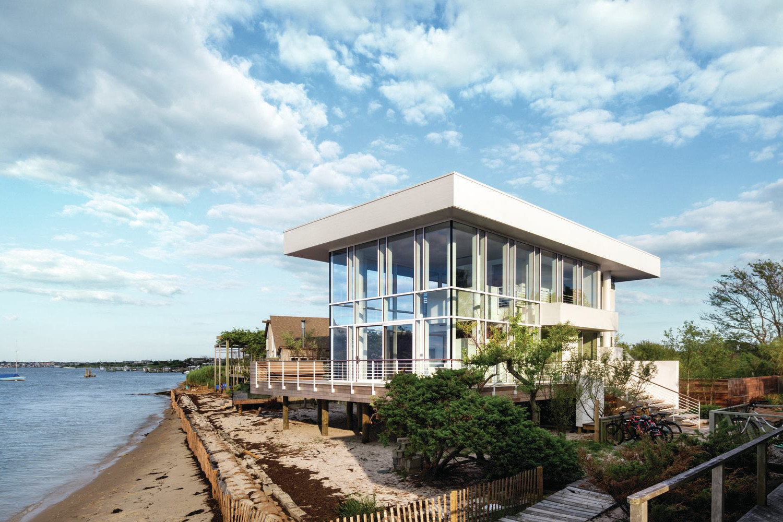 Fire island house designed by richard meier partners for Fire island house richard meier