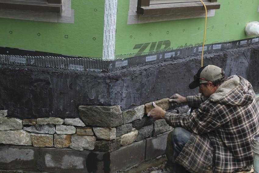 Stone Veneer On A Concrete Foundation Concrete Construction Magazine