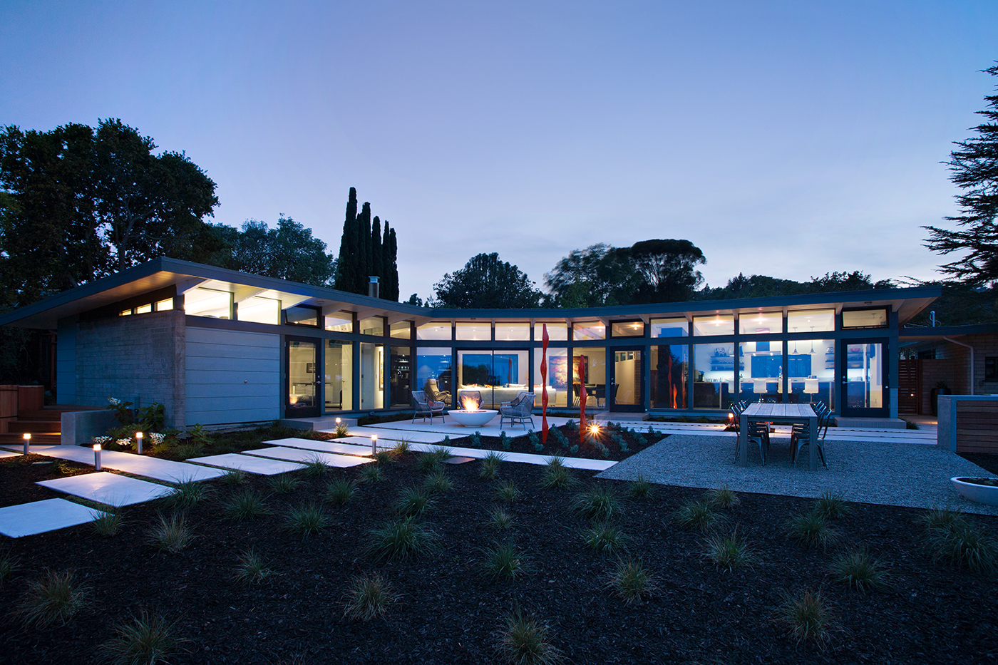 Mid century modern view house remodel architect magazine for Mid century modern residential architecture