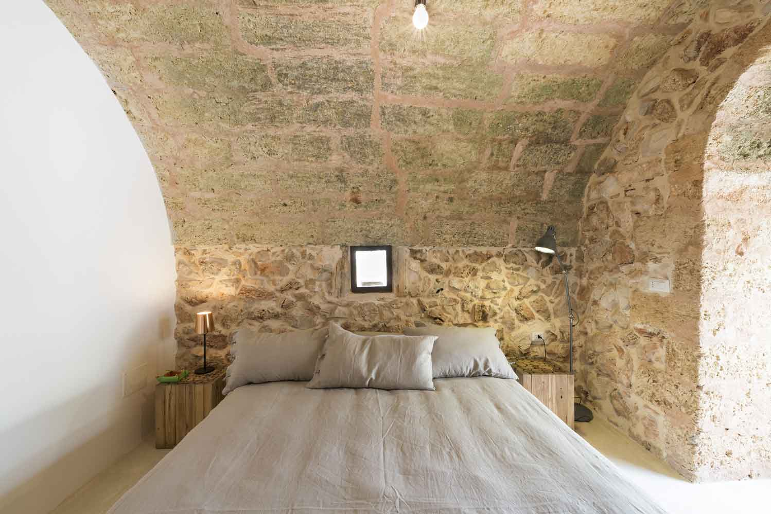 Salve, Puglia, ITALY LOCAL CONSTRUCTIVE TRADITION AND TASTE FOR THE MODERN  AN ECOSUSTAINABLE HOUSE IN SALENTO · Iosa Ghini Associati