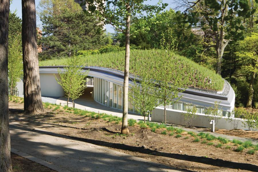 Landscaped Gardens Facility: Brooklyn Botanic Garden Visitor Center